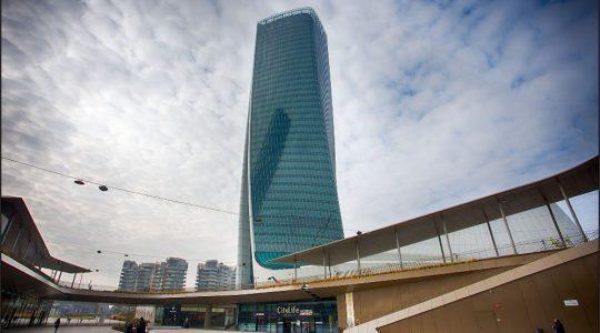 schermatura magnetica torre hadid milano